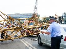 На месте падения строительного крана