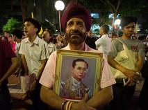 Портрет короля Таиланда Пхумипона Адульядета