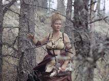 """Кадр из фильма """"Две стрелы. Детектив каменного века"""""""