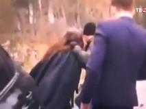 Драка Никиты Джигурды и адвоката Сергея Жорина у здания суда