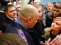 Украинские радикалы захватили отделение полиции