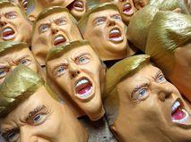 Маски с изображением Дональда Трампа