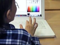 Школьники за компьютером