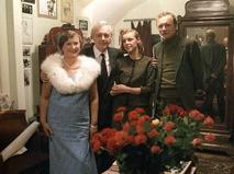 Кирилл Лавров со своей семьёй