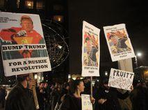 Митинг против избрания Трампа президентом США в Нью-Йорке