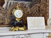 Часы в Малой столовой Зимнего дворца