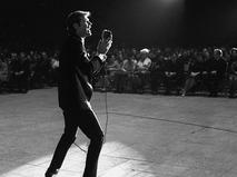 Дин Рид во время концерта во Дворце спорта в Лужниках