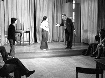 Евгений Матвеев ведёт урок актёрского мастерства во Всесоюзном государственном институте кинематографии