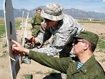 Военнослужащие Российской армии и США