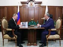 Президент России Владимир Путин и губернатор Саратовской области Валерий Радаев