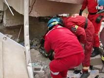 Спасатели на месте обрушения