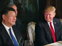 Лидер КНР Си Цзиньпин и президент США Дональд Трамп
