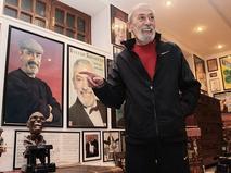 Вахтанг Кикабидзе у себя дома