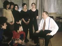 Василий Меркурьев со студентами Ленинградского института театра, музыки и кинематографии