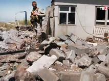 Последствия авиаудара ВВС Турции по территории Сирии