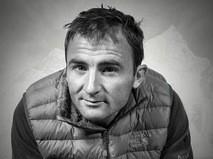 Швейцарский альпинист Уэли Стек