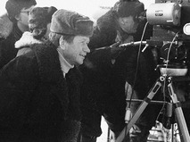 """Леонид Быков на съёмках своего фильма """"Аты-баты, шли солдаты..."""""""
