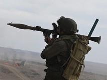 Военнослужащий с противотанковым гранатометом (РПГ)