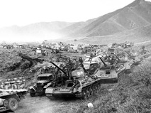 Танковые соединения Советской армии во время перехода через Большой Хинган в августе 1945 года