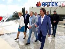 """Владимир Путин в лагере """"Артек"""" в Крыму"""