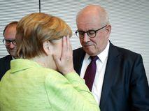 Ангела Меркель и глава парламентской фракции ХДС Фолькер Каудер