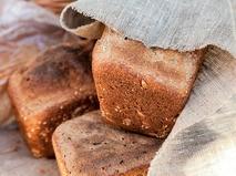 Чёрный-чёрный хлеб
