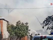 Пожарные на месте возгорания в Ростове-на-Дону