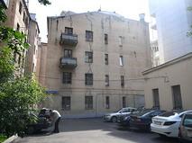 Четырёхэтажный жилой дом, включённый в программу реновации