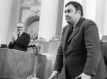 Эльдар Рязанов выступает после получения государственной премии 1977 года