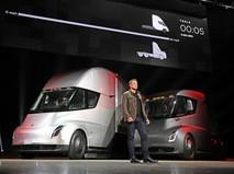 Илон Маск представил беспилотный грузовик