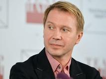 Евгений Миронов на пресс-конференции, посвящённой открытию нового сезона в Театре Наций