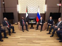Президент России Владимир Путин и президент Судана Омар Башир