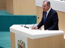 Глава МИД России Сергей Лавров выступает на заседании Совета Федерации