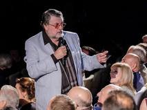 Александр Ширвиндт выступает на гала-концерте в честь открытия новой сцены Московского театра под руководством Олега Табакова