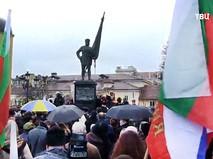 Памятнику АлександруII в Софии