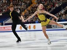 Фигуристы Евгения Тарасова и Владимир Морозов на ЧЕ в Москве