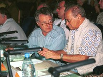 Лион Измайлов и Лев Шимелов на Кубке юмора-1999