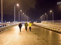 Тестирование освещения автодороги на Крымском мосту