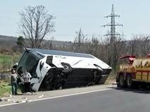Последствия ДТП с участием гавтобуса в Болгарии