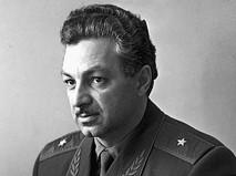 Генерал-майор Степан Микоян (сын А.И. Микояна)