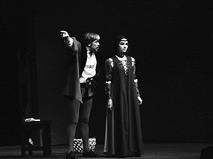 """Донатас Банионис и Элеонора Матулайте в спектакле """"Вольпоне, или Хитрый лис"""""""