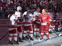 Владимир Путин принимает участие в гала-матче НХЛ