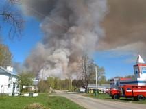 Пожар на территории бывшего военного арсенала в Удмуртии