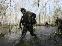 Учения военных в труднодоступной местности