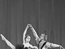 "Александр Годунов в балете ""Лебединое озеро"""