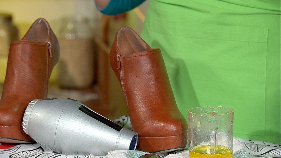 Как натереть ботинки парафином