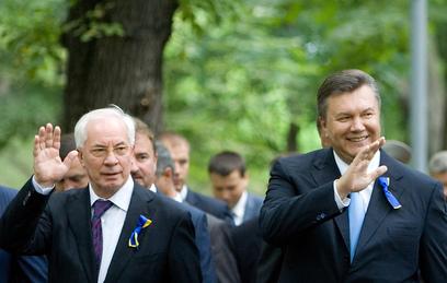 николай азаров раскритиковал экс-президента украины януковича