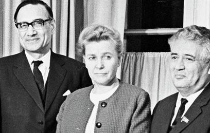 Министр культуры СССР Екатерина Фурцева