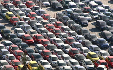 Стоянка новых автомобилей