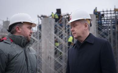 Сергей Собянин осматривает строительства эстакады на Волоколамском шоссе